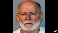 Bulger, de 83 años, fue arrestado en 2011 después de haberse ocultado de las autoridades durante 16 años.