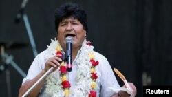 """""""No ha sido un camino fácil y, hay que decirlo, ha sido necesario hacer un cambio profundo"""", dijo Evo Morales en Argentina, quien gobernó Bolivia durante casi 14 años."""