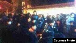 Driru under Intense and a Thousand Tibetans Staging a Hunger Strike