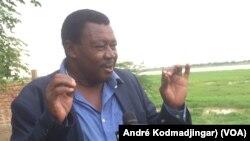 Dr Djimadoum Nambatigar, géologue, le 15 mars 2019. (VOA/André Kodmadjingar)