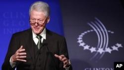 """9月19号美国前总统克林顿在纽约举行的""""克林顿环球行动计划""""会议上发表讲话"""
