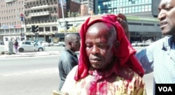 One of the protestors Martin Jemwa sustained a head cut after he was assaulted by police using a baton stick. He was taken to a private hospital where his condition was said to be stable, Harare, Zimbabwe, Aug. 17, 2016. (S. Mhofu/VOA)