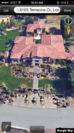 """""""谷歌地球""""显示的令完成在美国加州购买的豪宅。中国财新网和美国博讯网都说这个门牌号码是令完成的房子"""
