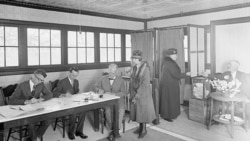 Voters in Lanham, Maryland, during the election of 1924