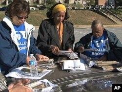 Des volontaires à l'oeuvre à Baltimore, dans l'Etat du Maryland