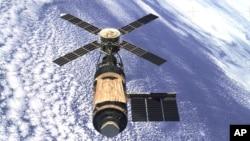 Skylab orbiting the earth in 1974.