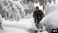 В США шесть человек погибли во время снежной бури