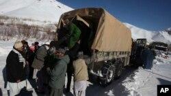 در ولایت پنجشیر درنتیجه برفکوچها به تعداد ۱۸۷ تن کشته و۳۰ تن زخمی شده اند
