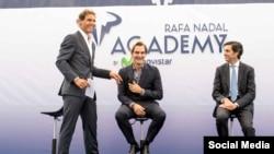 رافائل نادال و راجر فدرر در مراسم افتتاحیه آکادمی