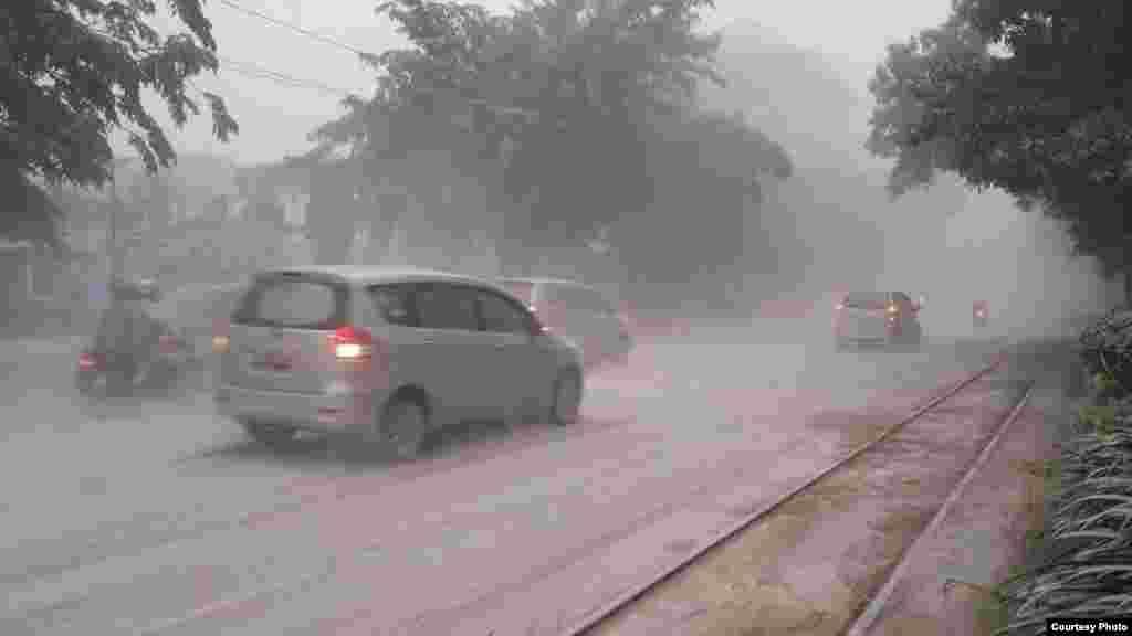 Jalan Slamet Riyadi, Solo. Foto kiriman Wahyu Widiatmoko.