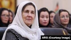 د افغانستان لومړۍ میرمن بي بي ګل رولا غني