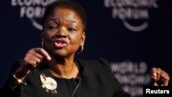 발레리 아모스 유엔 인도주의 지원 담당 대표가 25일 스위스 다보스 포럼에서 연설하고 있다.