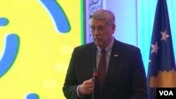 Filip Kosnet, ambasador SAD na Kosovu