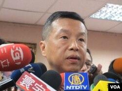 台湾国防部发言人陈中吉少将(美国之音张永泰拍摄)