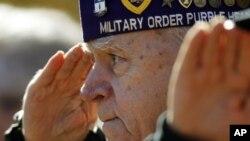 Una proclama del presidente Obama dice que los soldados estadounidenses han dado muestras de fortaleza, devoción y determinación.