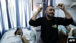 Người biểu tình bị thương trong bệnh viện tại Latakia, Syria