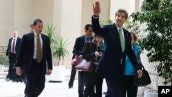 3月3日克里前去会见埃及非政府组织