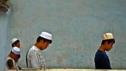 Safar Bekjon: Siyosiy-g'oyaviy bo'shliq o'zbeklarni ekstremistlar safiga yetaklayapti - Malik Mansur