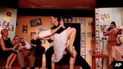 Το παλιό Ελληνικό σινεμά ξαναζωντανεύει στη Νέα Υόρκη