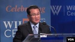 북한 노동당 39호실 고위 간부였던 탈북자 리정호 씨가 14일 워싱턴의 민간단체인 한미연구소(ICAS)가 우드로윌슨 센터에서 개최한 행사에서 연설하고 있다.