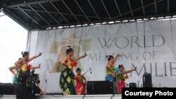 Modero Dance Company tampil di hadapan Paus Fransiskus di Philadelphia