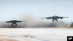 Chiến đấu cơ Nga cất cánh tại căn cứ không quân ở Syria.