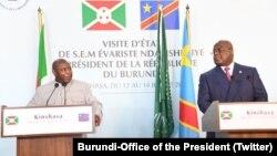 Perezida Evariste Ndayishimiye w'Uburundi na Felix Tshisekedi wa Repubulika ya Demokarasi ya Kongo