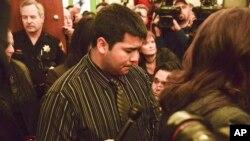 Erick Muñoz, esposo de Marlise desde un comienzo luchó por lograr que se desconecte el cuerpo de su esposa conforme había sido su deseo.
