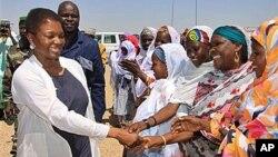 La Sous-secrétaire général de l'ONU pour les affaires humanitaires Valerie Amos ( l) ( photo d'archives)
