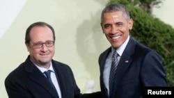 Francois Hollande et Barack Obama à la COP21 au Bourget, en France, le 30 novembre 2015.