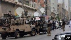 Militares em Karachi (Foto de Arquivo)