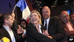 Milliy front partiyasi sardori Marin Le Pen saylovlarda uchinchi o'rinni olib, keyingi bosqichga chiqa olmadi, parij, 22-aprel, 2012-yil.