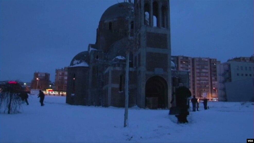Krishtilindjet ortodokse u kremtuan edhe në Kosovë