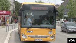 Gradski prevoz u Prištini ponovo je počeo da funkcioniše 18. maja 2020. (Foto: VOA)
