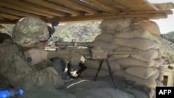 На КПП совместной военной базы американских и афганских войск в провинции Хост