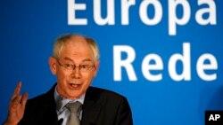 Presiden Uni Eropa, Herman van Rompuy memberikan sambutan di Museum Pergamon, Berlin, 9 November 2010 (Foto: dok).