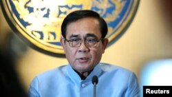 PM Thailand Prayuth Chan-ocha speaks berbicara dalam konferensi pers di Bangkok (foto: dok). Prayuth dari Partai Palang Pracharath, akan mendapat dukungan dari Partai Demokrat Thailand.