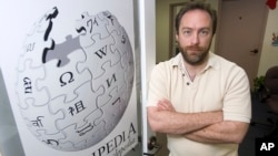 FILE - Wikipedia founder Jimmy Wales, Dec. 1, 2006, in St. Petersburg, Fla. A monitoring group said Turkey blocked access to Wikipedia Saturday.