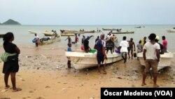 La pêche au rivage de Sao Tome, 13 janvier 2017.