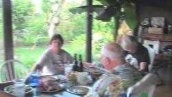 美国人感恩节享受大餐感谢祝福