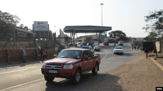 A fronteira num dia de pouco movimento (foto de arquivo)