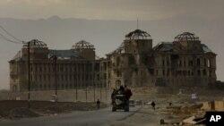 د دارلامان قصرامان الله د واکمنۍ په مهال جوړ شوچې په ۱۹۹۲ کال کې د پخوانیو مجاهدینو د ډلو ترمنځ جګړو په کنډواله بدل شو.