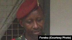 """Le lieutenant-colonel Edouard Nshimirimana, ancien officier supérieur de l'armée burundaise a proclamé la naissance officielle d'une rébellion, les """"Forces républicaines du Burundi"""". Photo FORBU"""