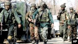 بھارتی کشمیر میں پولیس افسر اور5 مشتبہ عسکریت پسند ہلاک
