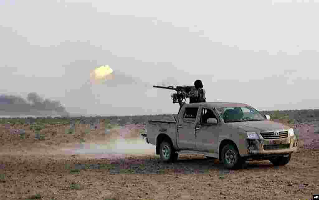 شدت پسند گروپ داعش نے دعویٰ کیا ہے کہ شام میں حکومت کی حامی فورسز کو پسپا کرنے کے بعد انھوں نے تاریخی شہر تدمر (پالمیرہ) پر مکمل کنٹرول حاصل کر لیا ہے۔
