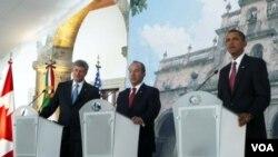 Los líderes de norteamérica contestaron preguntas durante la Reunión Trilateral de Trabajo de los Mandatarios en el marco de la Cumbre de Líderes de América del Norte, que tuvo lugar en el Centro Cultural Cabañas, en Guadalajara, Jalisco.
