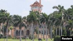 Rumah peristirahatan Presiden Donald Trump, Mar-a-Lago Club, di Palm Beach, Florida.