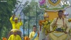 Voi nhảy múa đón chào tân vương Thái Lan