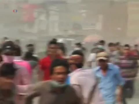 Workers, Police Clash, Leaving 3 Dead in Cambodia