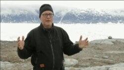 اثرات تغییرات آب و هوایی؛ جدایی قطعه ۸ کیلومتری یخ در گرینلند در اقیانوس منجمد شمالی